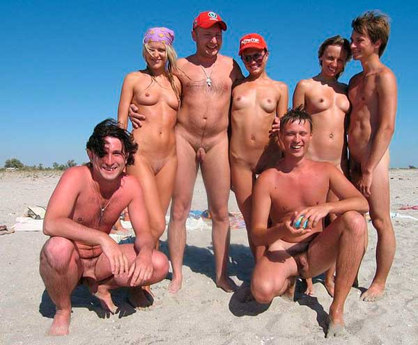 Playa de laguna de Kristin desnuda